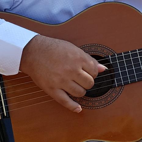 detalhe violão cícero mota